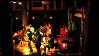 Írimo (La Dimensión Latina) - La Necedad Orquesta
