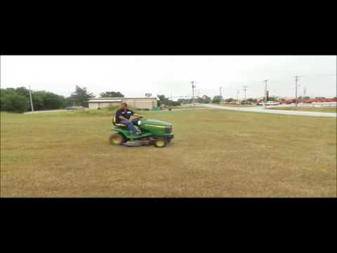 2008 John Deere X300 lawn mower for sale | no-reserve Internet auction September 28, 2016