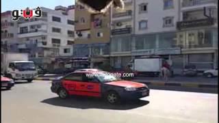 طفلان يغلقان طريق النصر بالغردقة: «من النهاردة مفيش حكومة»