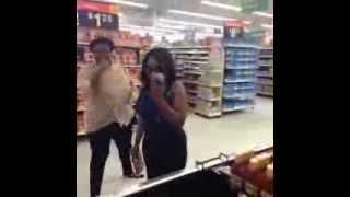 Walmart Rat Scare - Best #Vine 2013