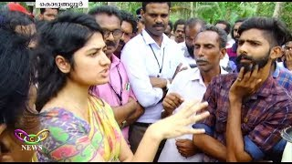 She Came, She saw, She conquered | Anupama I.A.S. Solved Highway Siege Issue | T.C.V. Kodungallur