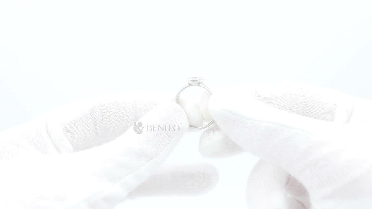 Emma Ring White Zircon Stone