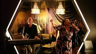 GREG DEAN Live @ The W - Grass Ain't Greener ft Angela Birchett
