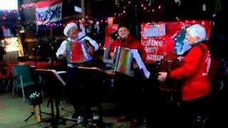 Mahoning Polka Band - Henson's Hide-a-Way