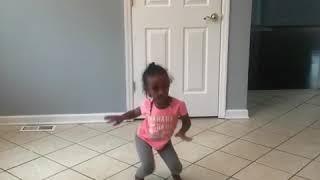 She is my rock dance 😂😂 #killedit #sheismyrock #gobellagrace #plies