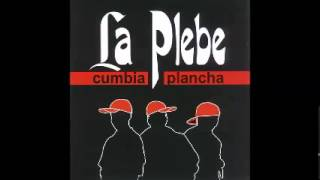 02. Como Pican - La Plebe