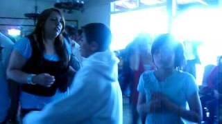 """dancing to """"por amarte asi"""""""