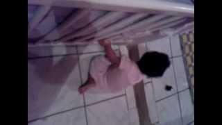 Melina dançando