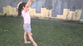 Ensinando fazer estrelinha Natalia