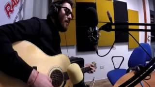 Maldestro - Dint' o scur (Live Radio)