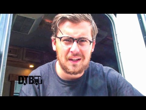 seaway-bus-invaders-ep-872-warped-edition-2015-digital-tour-bus
