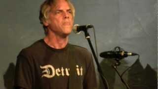 DENIZ TEK (Radio Birdman) 'Breaks My Heart' live at the Caravan Music Club