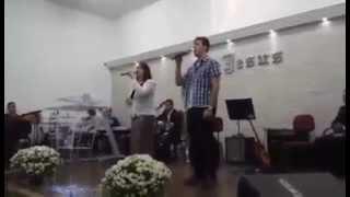 Em tua Presença Elisane Biancho e  Samuel Brandão