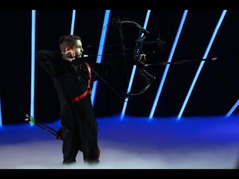 Valentin Speriuşi, demonstraţie de tir cu arcul la Next Star!