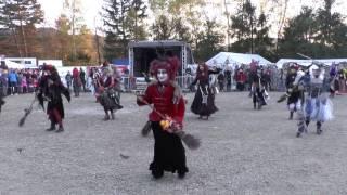 """Tanz der Wolfshäger Hexenbrut an Walpurgis 2017, zum Lied """"Schüttel deinen Speck"""" von Peter Fox"""
