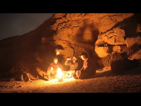 Cave Camping: Cooking Snails, Fish, Wild Plants, Fire (Survival)