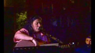 Viviana Scaliza en Velma Cafe-Quizas mañana