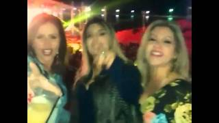 Jade Magalhães cantando conto de fadas