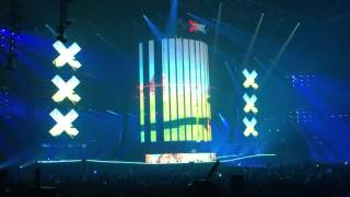 Hardwell Feat. Jake Reese - Mad World (Live on Amsterdam Music Festival)