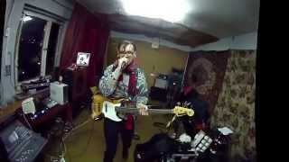 xOXo                   Electro band from ZG