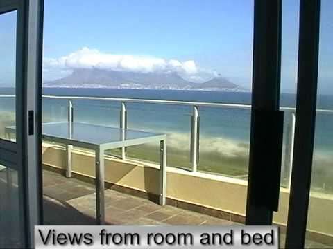 Beachfront  Accommodation in a Penthouse Bloubergstrand