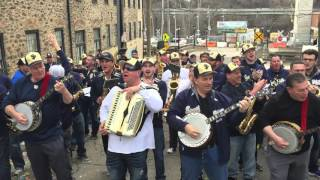 When You're Smiling - South Philadelphia String Band