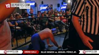 Blue Demon vs. El Boricua Miguel Perez Jr.  Arena GALLI