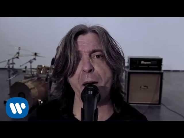 Videoclip de ''Explosivo'', de Boni.