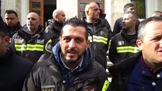 COSENZA: MANIFESTAZIONE DI PROTESTA DEI VIGILI DEL FUOCO