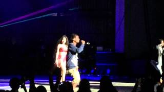 "Nicki Minaj & Rae Sremmurd "" Throw Sum Mo  "" Pinkprint Tour NJ"