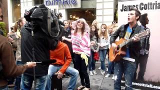 James Cottriall -  By your Side live (Kärntnerstraße)