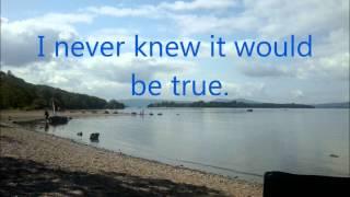 Amy Macdonald Green and Blue Lyrics and Music Video
