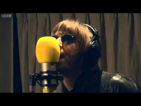 beady-eye-the-roller-live-in-session-for-zane-lowe-bbc-radio-1-hq-beadyeyefans