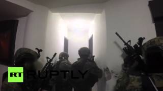 RAW: Heavy gunbattle as police arrest Mexican drug baron 'El Chapo'