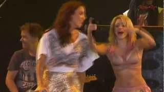 Shakira feat Ivete Sangalo - País Tropical (Live @ Rock In Rio 2011) | Music Video