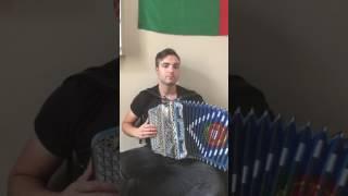 SUBEME LA RADIO na concertina Descemer Bueno, Zion & Lennox