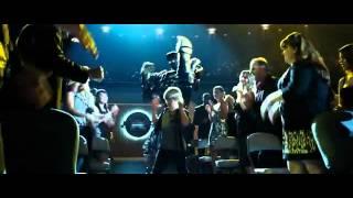 Dakota Goyo y su baile con Aton.flv.flv