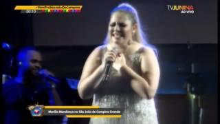 Marília Mendonça canta Música Gospel e se emociona