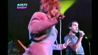 Ney Matogrosso e Elza Soares - Tem Que Rebolar