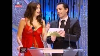 Bárbara Guimarães mostra as mamas em directo!
