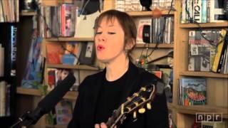 Suzanne Vega - Luka  (Live in NPR)