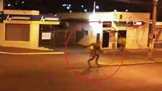 Hombre lobo en Brasil caso real   Hombre Lobo Captado Por La Cámara De Seguridad