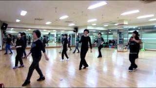 Dancing in the monlight (mimi Line Dance)