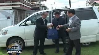 Nieuws zaterdag 16  juni 2012 President Desi Bouterse bracht een bliksem bezoek aan Nickerie.flv