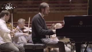 Daniil Trifonov rehearses Rachmaninoff's Piano Concerto No.1