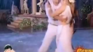 Ramya krisha shake   ramya krishnan hot   hot scenes