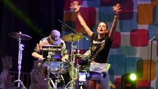 DRAGONETTE - Peanut Butter Jelly [LIVE @ Richmond World Festival 2017]