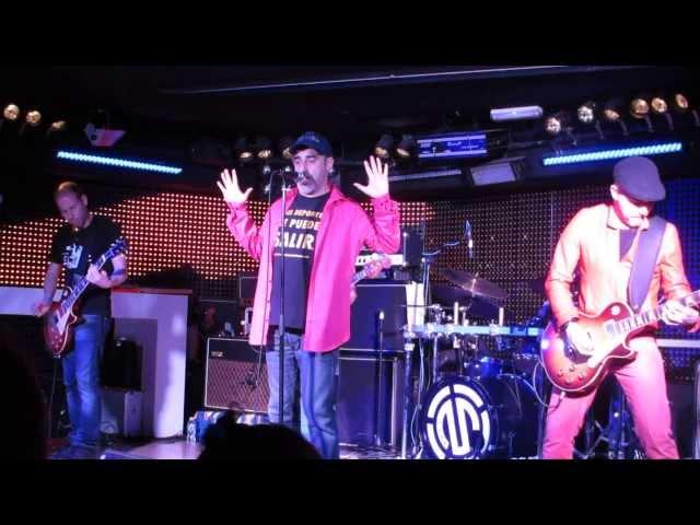 Vídeo de un concierto en La Sala Live.