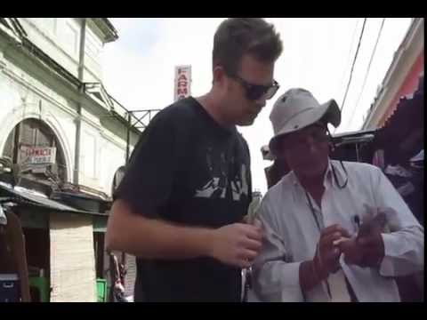 Changing Money on Streets of Nicaragua