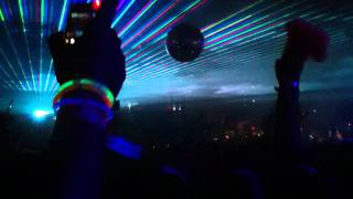 Benny Benassi- Beautiful People Live @ Labour of Love 2011 HD